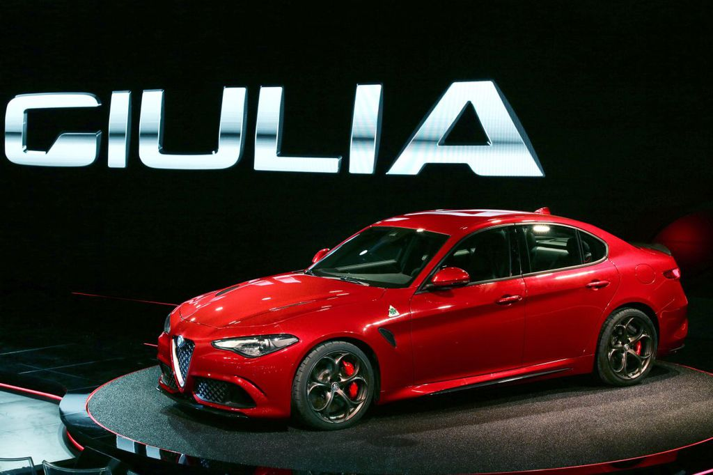 Alfa Romeo Giulia (Седан)